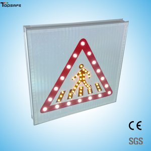 Solar led pedestrian crossing sign