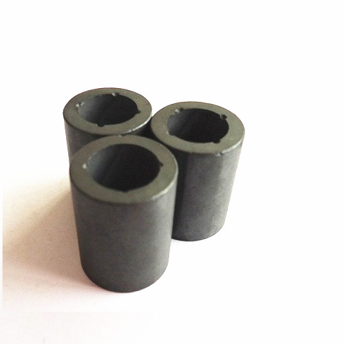 Ferrite sintered anisotropic multipole magnet ring