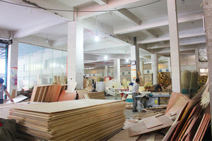 Carpentry Workshop of playground manufacturer-XJ