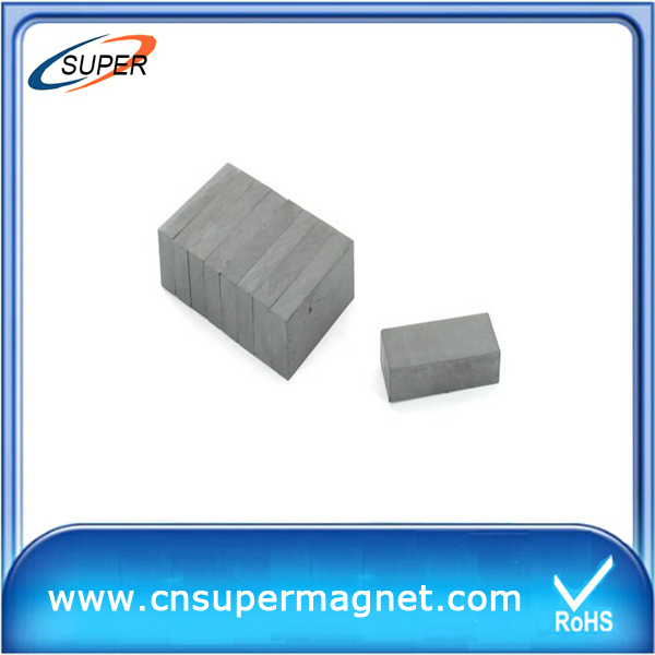 Permanent hard ferrite magnets