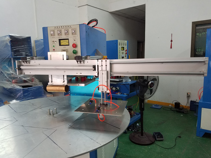 Automatic Rotary Table High Frequency PVC Blister Clamshell Sealing Machine