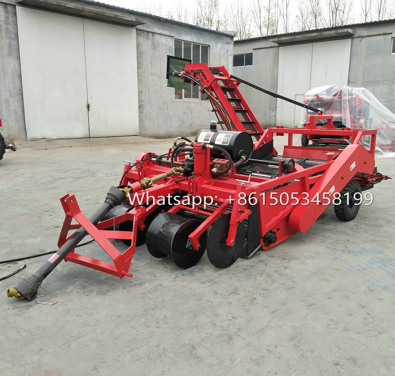 Tractor mounted Combined potato digging machine