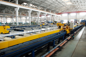 Automatic-extrusion-production-line