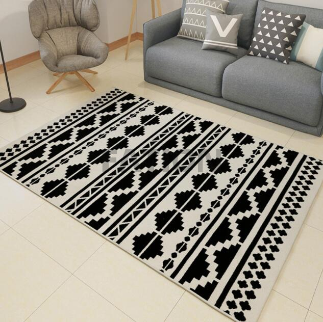 Contemporary Machine Made Polypropylene Rug