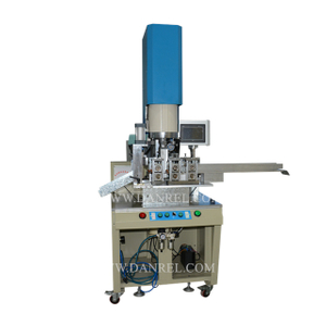 DR-1542S-PLC Ultrasonic Welding Automatic Sponge Scourer Pad Making Cutting Machine