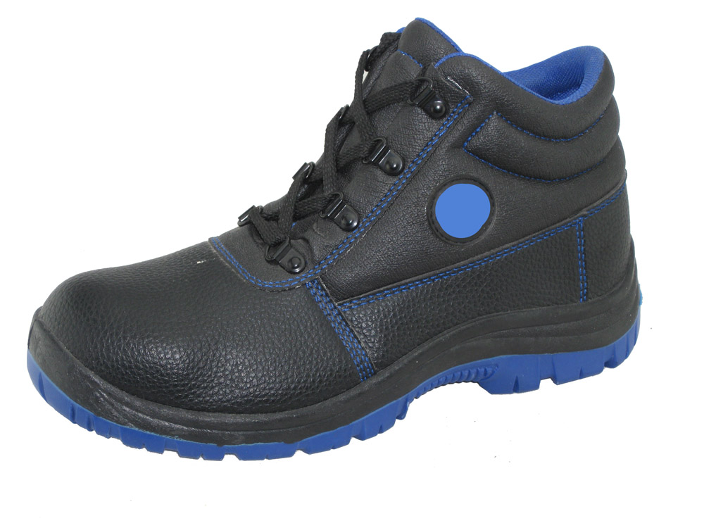 New style PVC injection factory wholesale safety shoes
