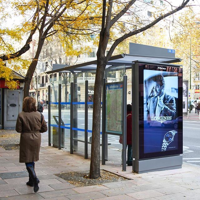 Madrid bus shelters go digital with JCDecaux Spain!