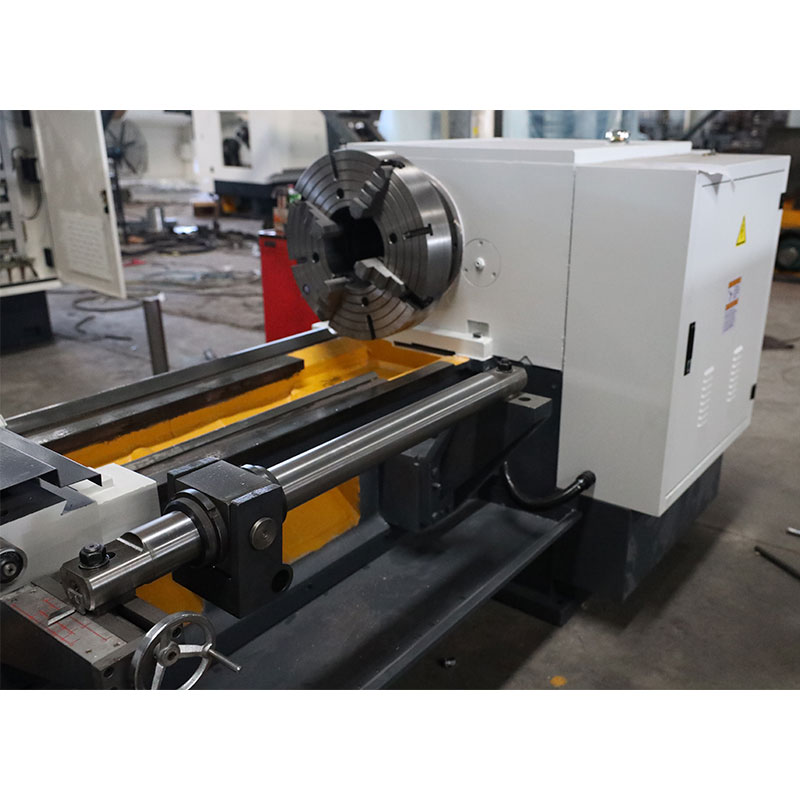 Q1322 (225mm Big Spindle Bore) Pipe Threading Lathe Machine with CE Protection