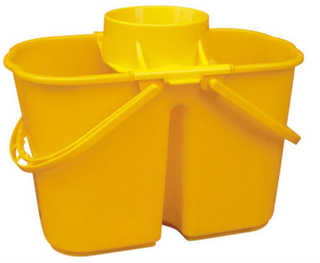 Plastic Portable Bucket with 15L Capacity (YG-84)