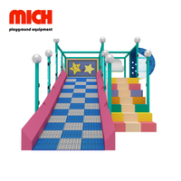 Kids Indoor Donat Slide com Soft Stair para venda