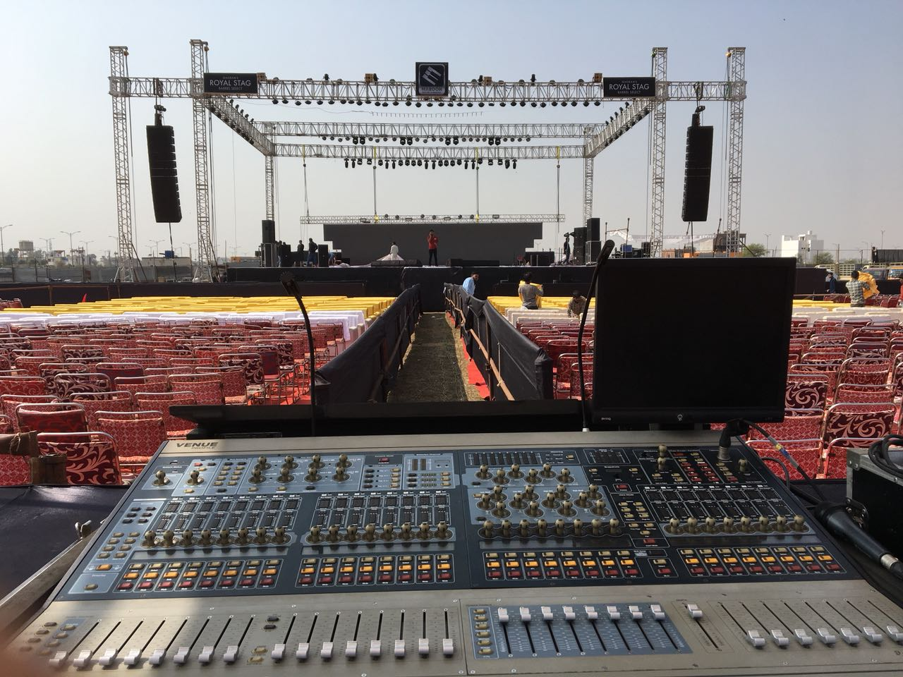 Kara und SB18 Line Array in Italien