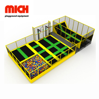 Parque Indoor Pequeno Trampolim Kids com Dodgeball