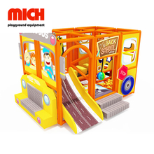 Kids Indoor Soft Mobile Playground con scivolo in vetroresina
