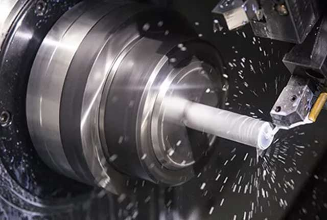 The Difference Between Vertical Lathe, Manual Lathe and CNC Lathe