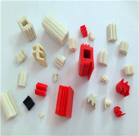 Rubber stopper plugs