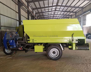 Cattle Feed Machine Tricycle Feed Soreader Machine