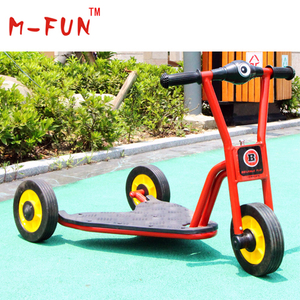 Die-casting metal pedicab for toddlers