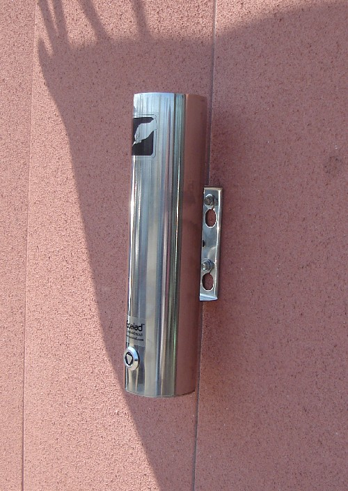 Wall Mounted Stainless Steel Ashtray for Outdoor Use