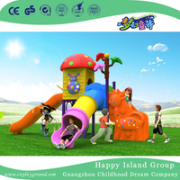 2018 New Outdoor Small Children Mushroom House Playground Equipment with Animal Ladder (H17-A15)