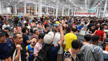 Costco forced to shut first China store early due to crowds