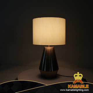 Interior Modern Bedroom Bedside Decor Elegant Table Lamp for Hotel (KJ024)